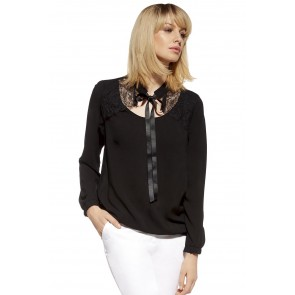 Blouse model 74552 Enny